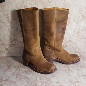 Frye campus woman brown boots 8 5